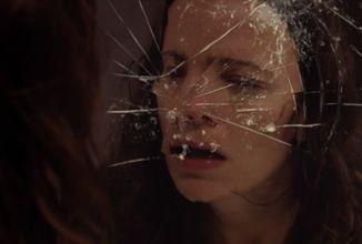 Krvavý horor You're Not Alone v oficiálním traileru