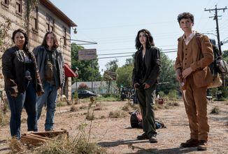 The Walking Dead: World Beyond ukazuje život po apokalypse