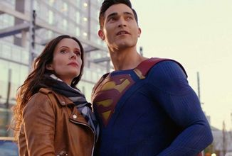 Superman and Lois (2)