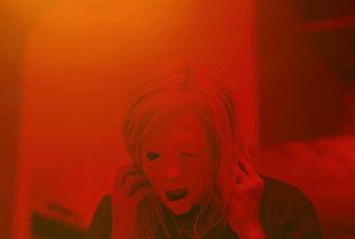 Cronenberg sa vracia na scénu s novým filmom Possessor