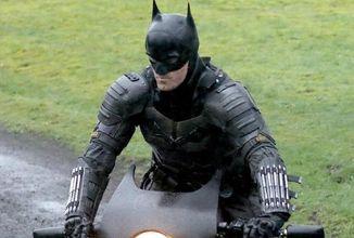 Nové fotky a krátke video z natáčania Batmana