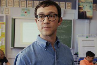 Výpověď o mužské krizi středního věku nabídne dramedy série Pan Corman od Apple TV+