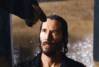 Nový Matrix od svých předchůdců neubere na plynu. Jedinci mladší sedmnácti let na něj nebudou moct jít do kina sami