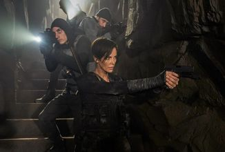 Charlize Theron ako nesmrteľná bojovníčka v komiksovke Old Guard od Netflixu