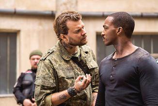 Akční přestřelky nabídne sci-fi thriller Za čárou již v polovině ledna