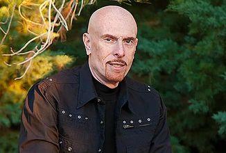 Umrel svetoznámy autor fantasy románov Terry Goodkind