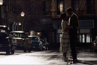 Oslavu lásky na pozadí zlaté éry americké televize nabídne snímek Sylvie's Love již letos o Vánocích