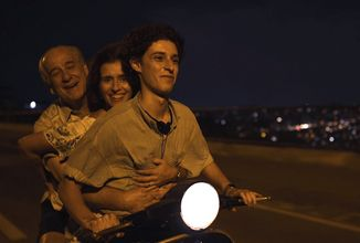 Oscarový Paolo Sorrentino natočil nový snímek, drama Boží ruka míří na filmový festival v Benátkách