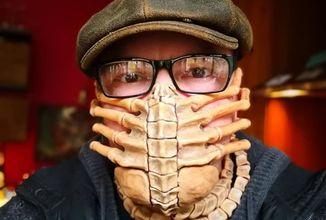 Tahle maska vás sice ochrání před koronavirem, dejte si ale pozor na bodavou bolest v oblasti hrudníku
