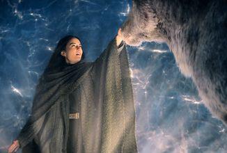 Premiéra fantasy adaptace Světlo a stíny se blíží, seriál se připomíná v novém traileru