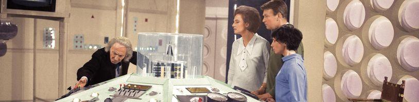Prvý Doctor Who konečne vo farbe? Partia nadšencov kolorovala druhú epizódu 6 rokov