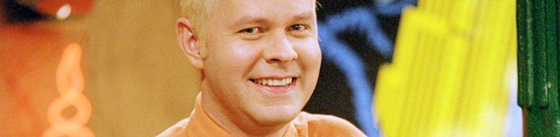 Ve věku 59 let zemřel na rakovinu James Michael Tyler. Představitel Gunthera ze seriálu Přátelé