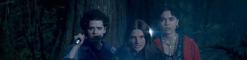 Banda teenagerů bude bojovat proti monstrům z jiných dimenzí. A řešit vztahy