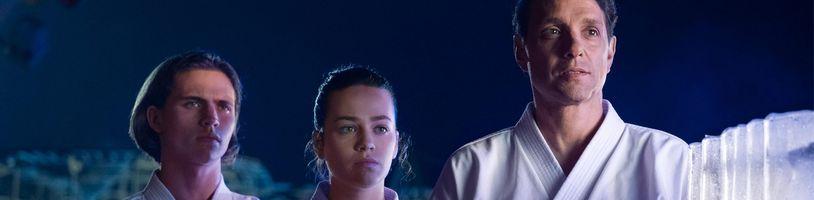 Cobra Kai putuje na Netflix a pripomína sa zhrňujúcim trailerom
