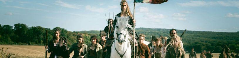 Trailer na francúzsky seriál La Révolution ukazuje skutočnú modrú krv