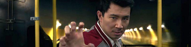 Shang-Chi v plnohodnotném traileru překvapuje svou průměrností