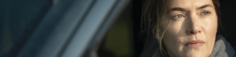 Kate Winslet jako vyšetřovatelka vraždy v detektivní minisérii Mare z Easttownu od HBO