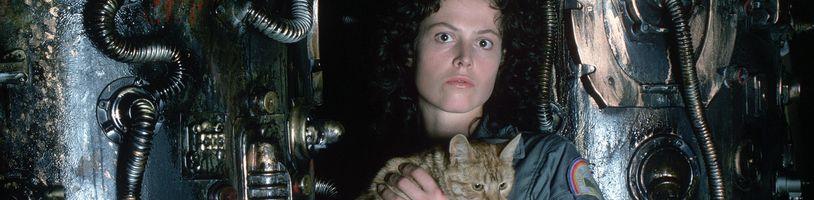 Režisér Ridley Scott by sa rád vrátil k objasneniu pôvodu Votrelca