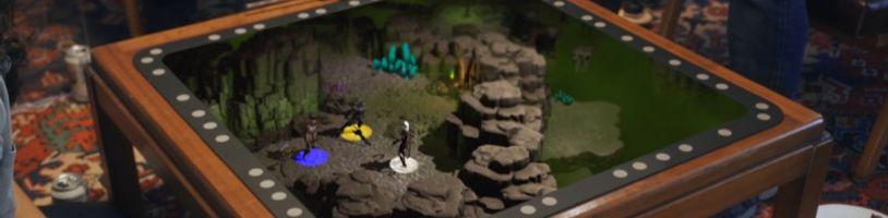 Holografický stôl Tilt Five na spoločenské hry valcuje Kickstarter